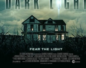 Writer/Director Padraig Reynolds Talks About His Horror Movie DARK LIGHT Ahead Of Arrow Video FrightFest World Premiere.